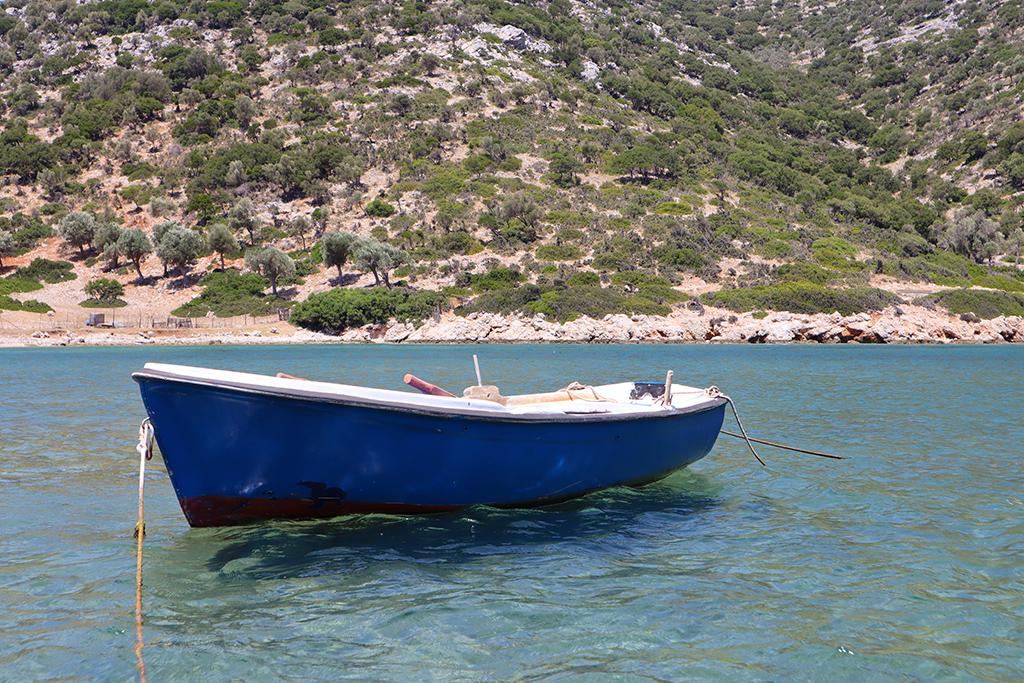 Ruderboot im Hafen von Gerakas auf Alonnisos