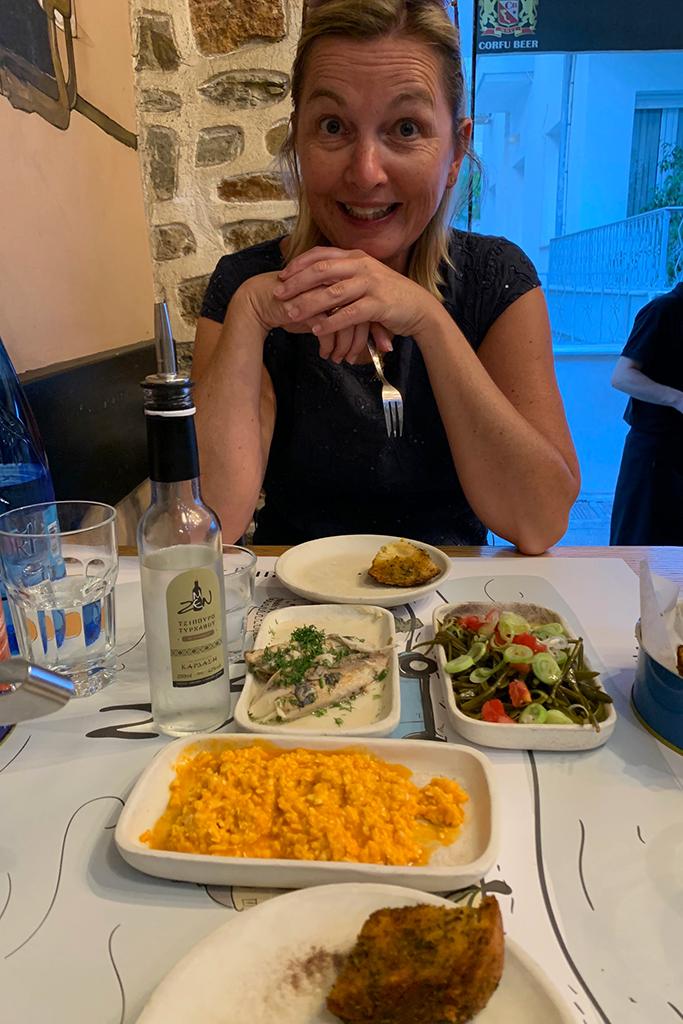 Abendessen im Mezen in Volos.