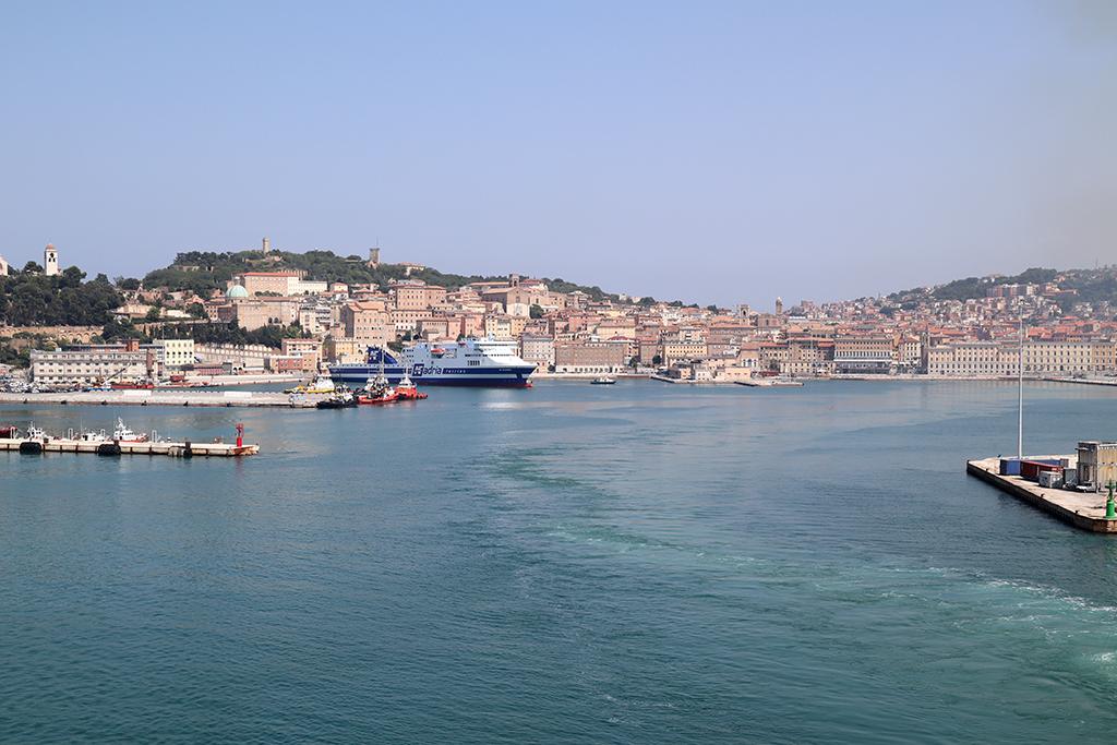 Abfahrt in Ancona.